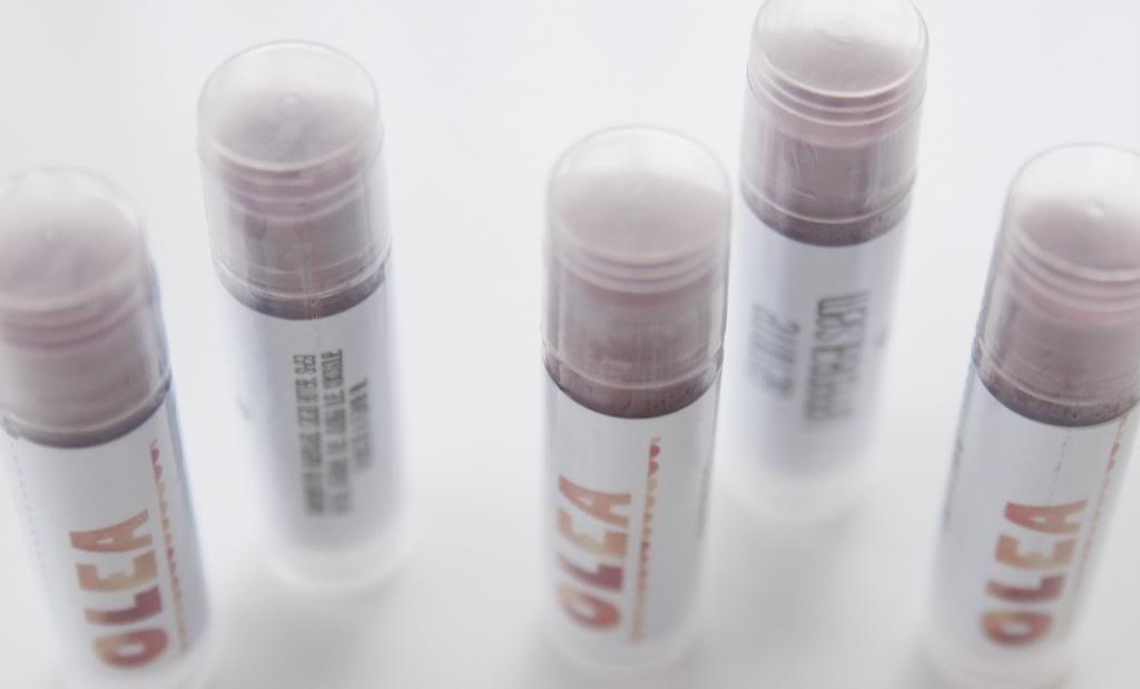 DIY tinted lipbalm