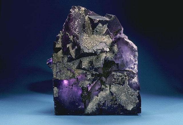 USDA_Mineral_Flourite_93c3962