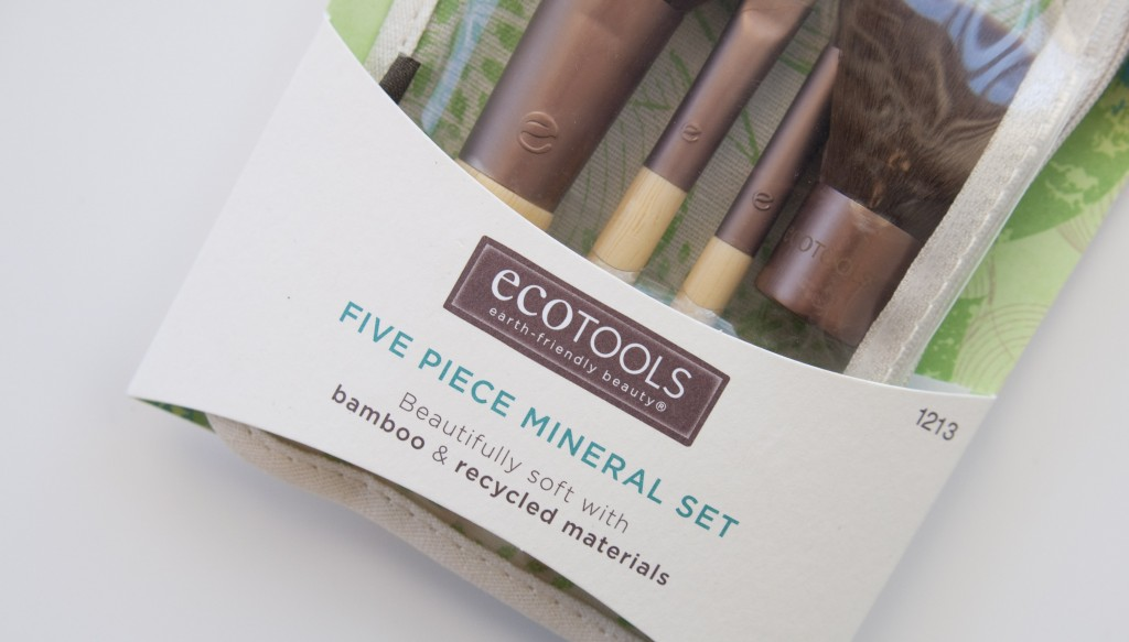 Review Ecotools brushes 5 piece mineral set