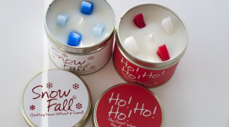 review lily flame Snow fall Ho! Ho! Ho! candles