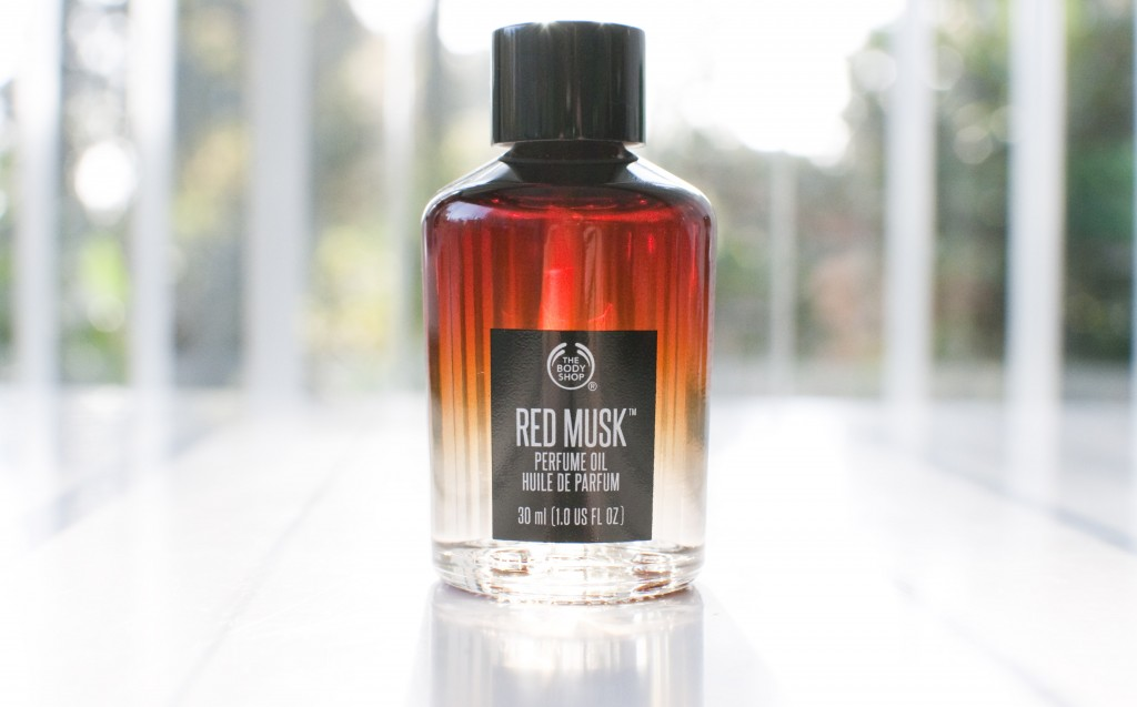 review the body shop red musk perfume
