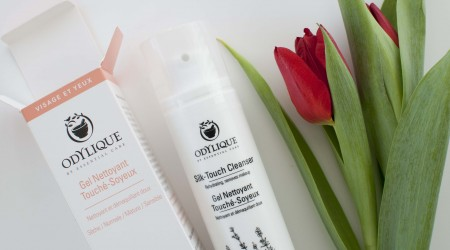 review odylique silk touch cleanser_1