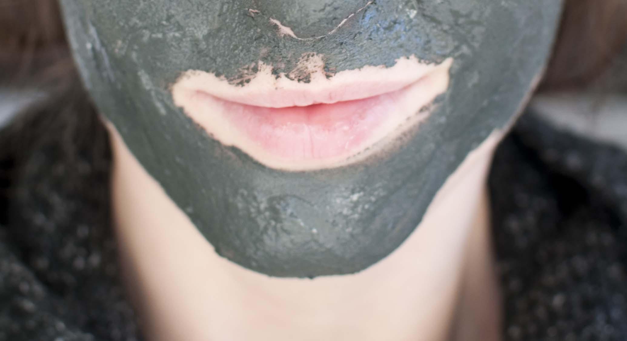 diy charcaol face mask