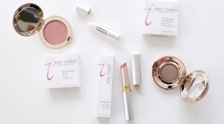 review Jane Iredale make-up brunette