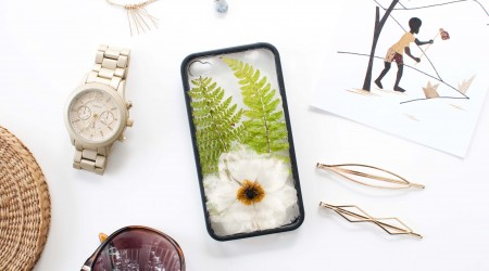 diy pressed flowers phone case