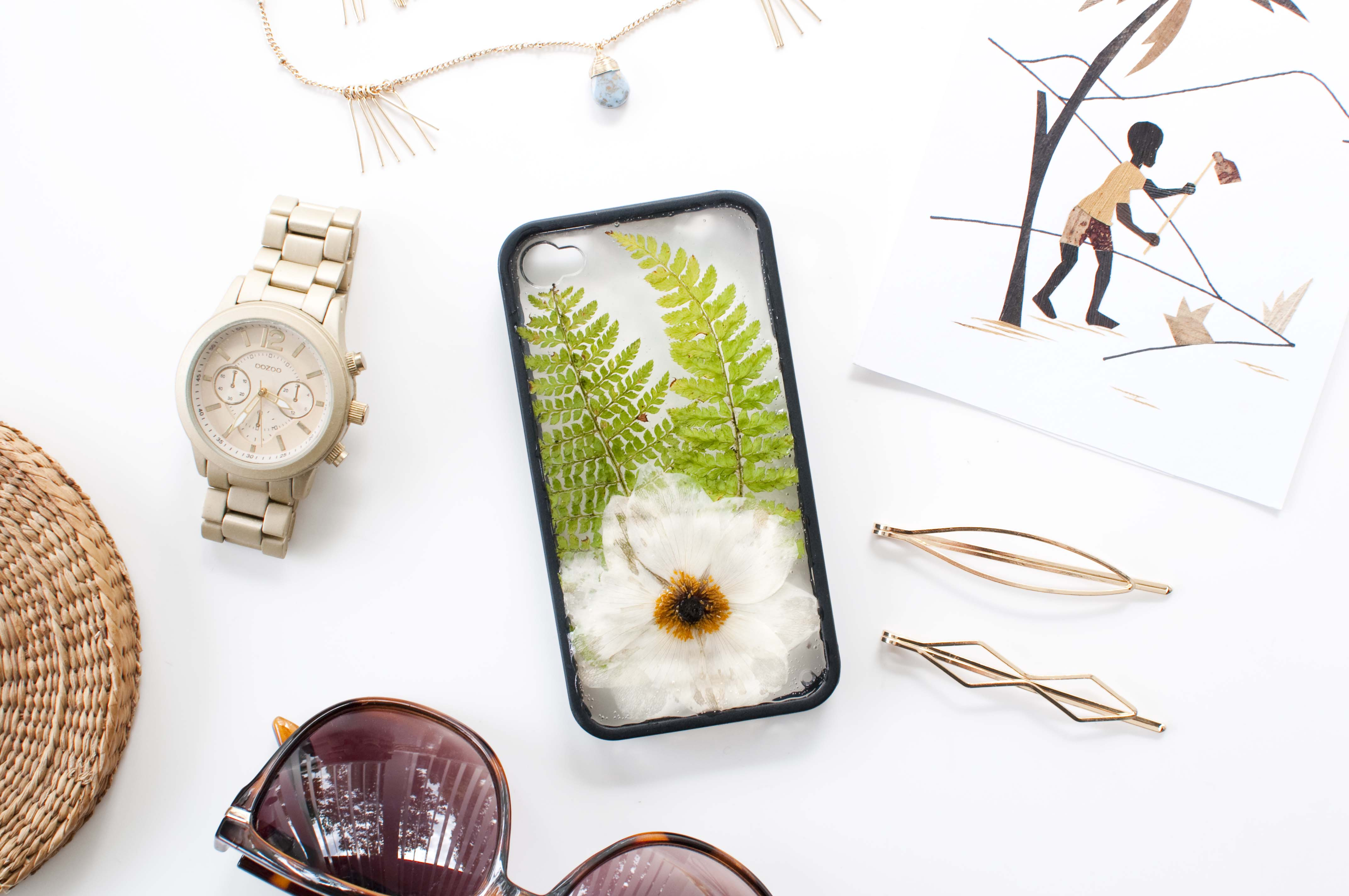 diy pressed flowers phone case