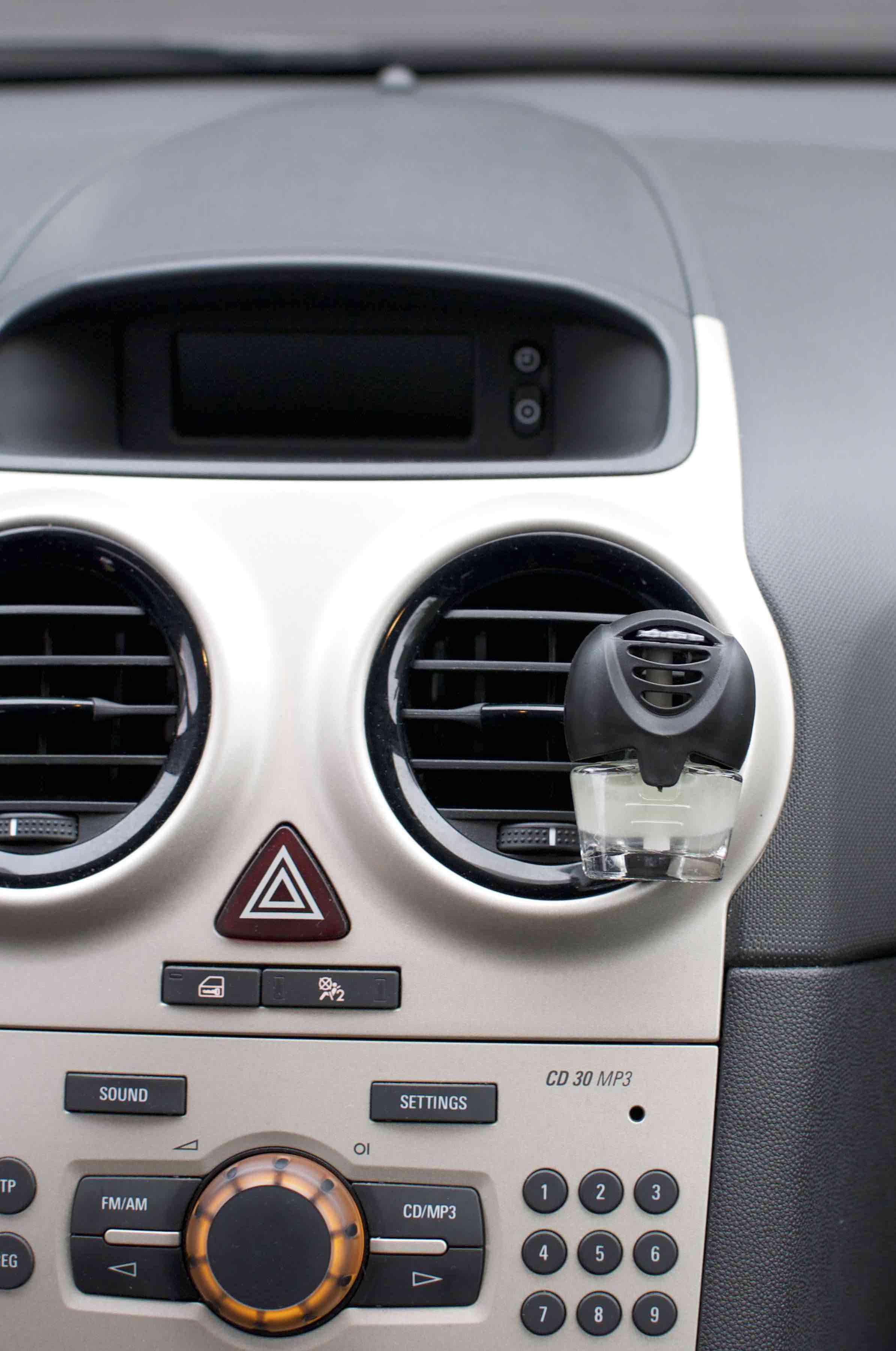 DIY car air freshener luchtverfrisser auto zelf maken