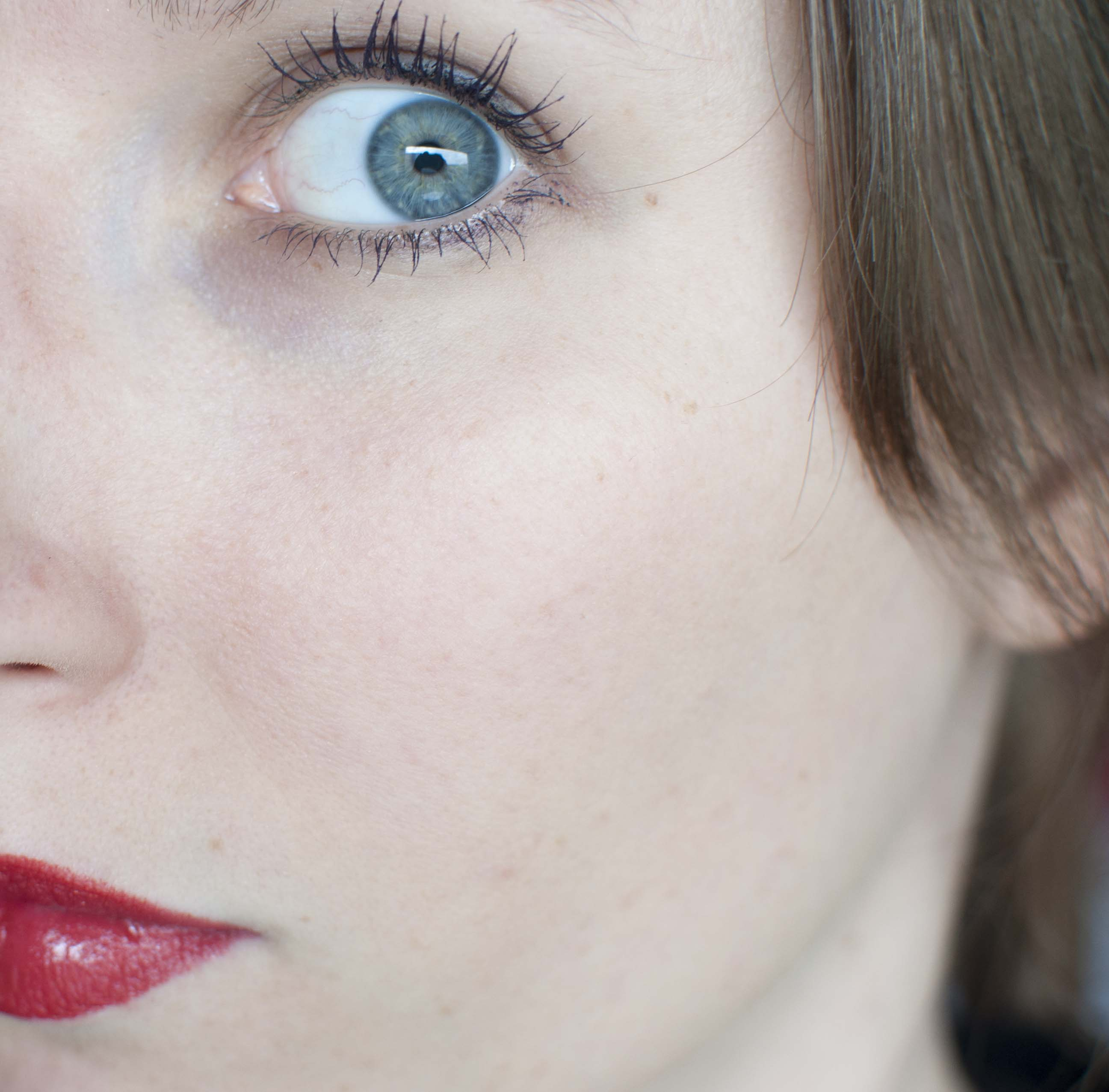 review dr hauschka make-up