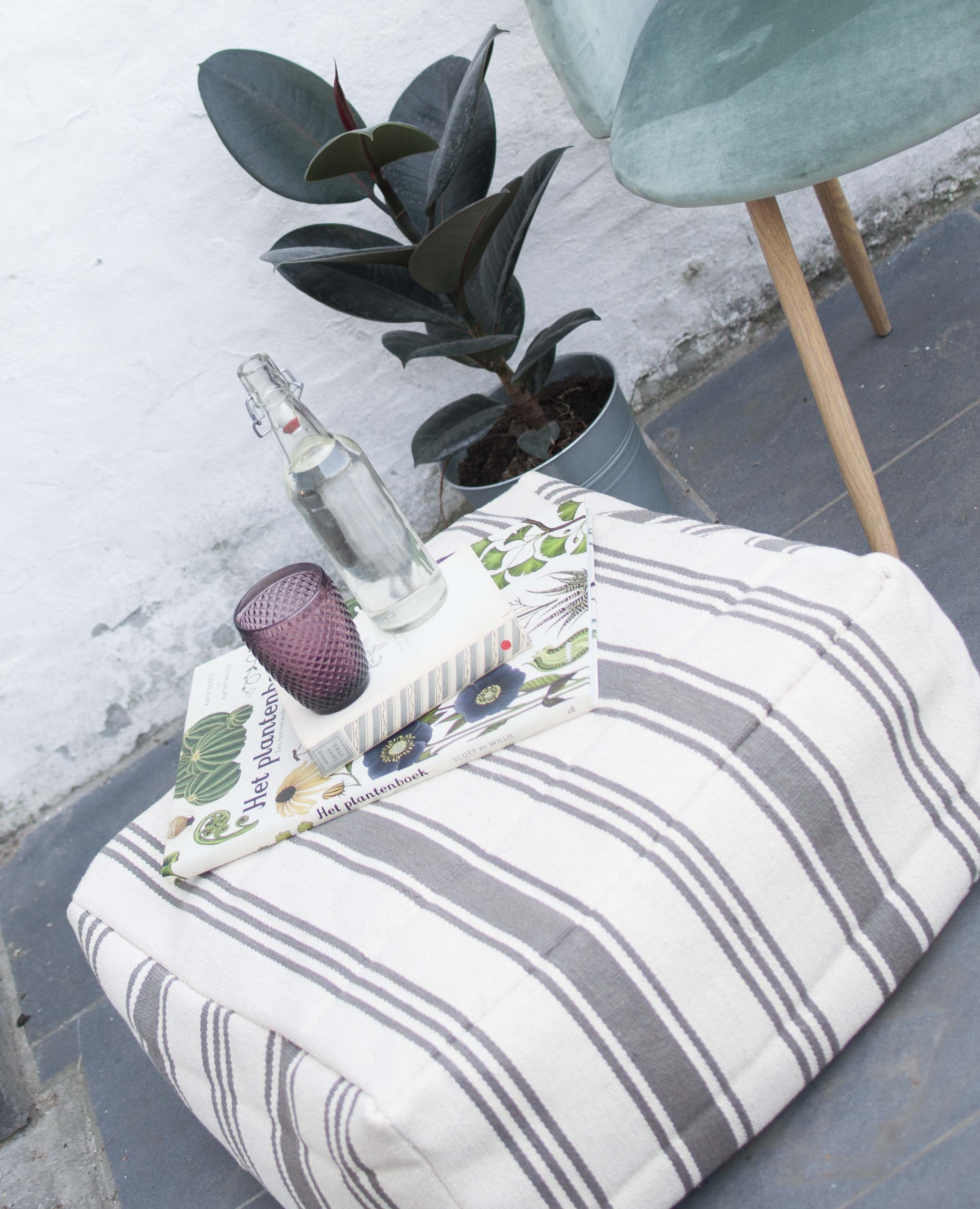 diy floor pouf cushion outside outdoor
