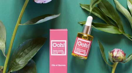 review Ooh! Oils of Heaven organic rosehip face oil