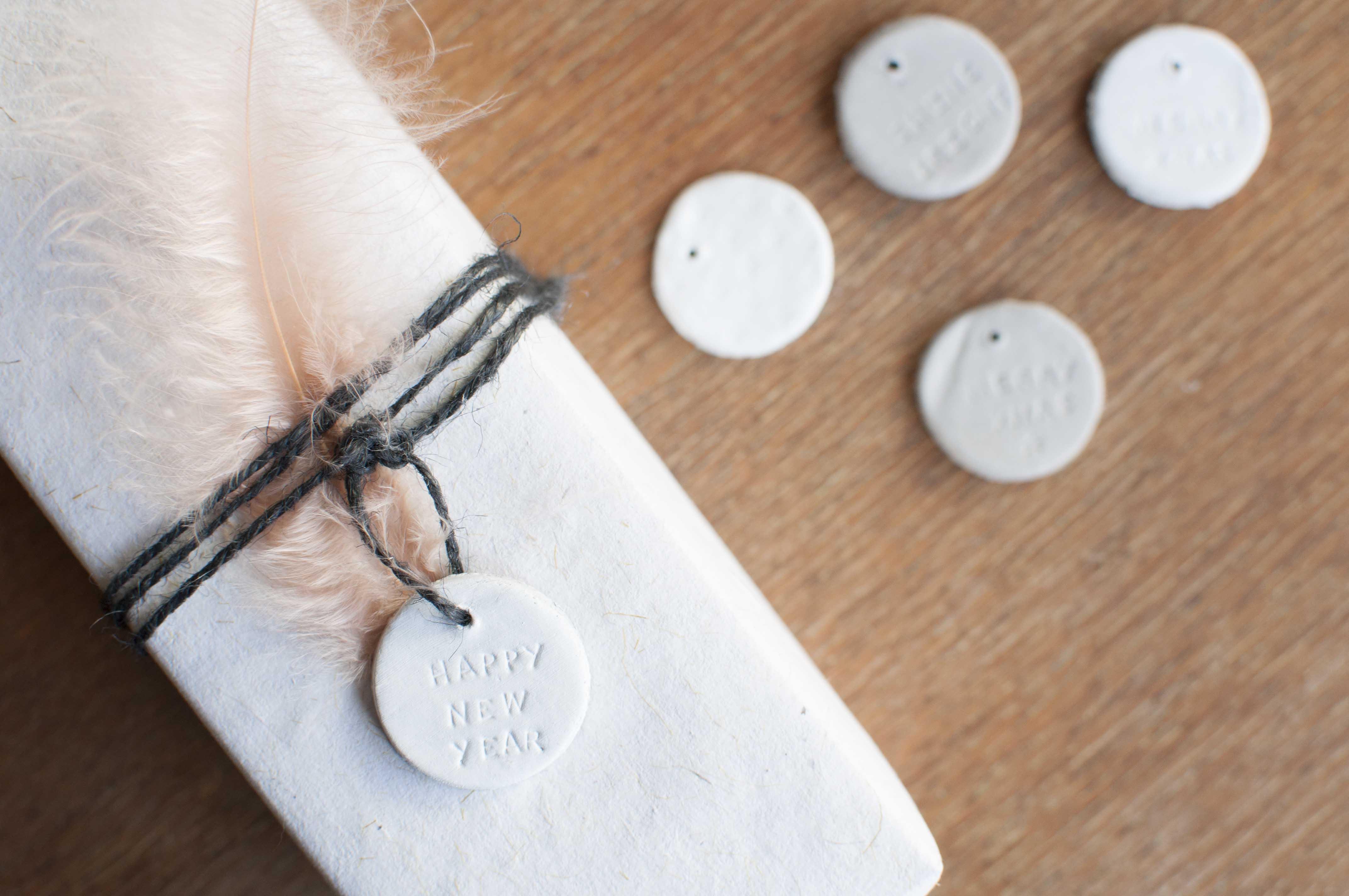 diy ponsen juwelen jewelry stamping Veritas