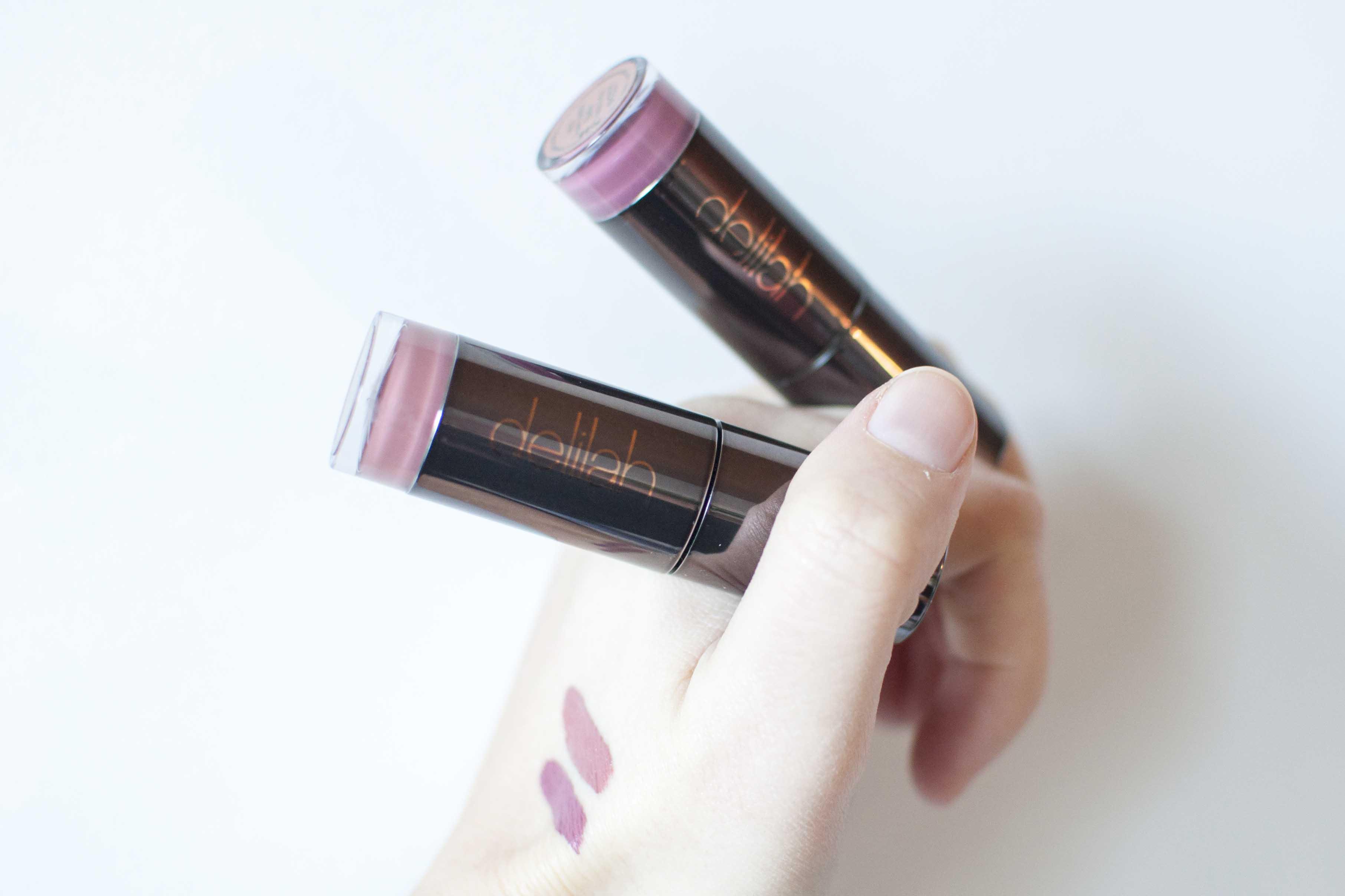 review delilah lipstick liquid lip cracker