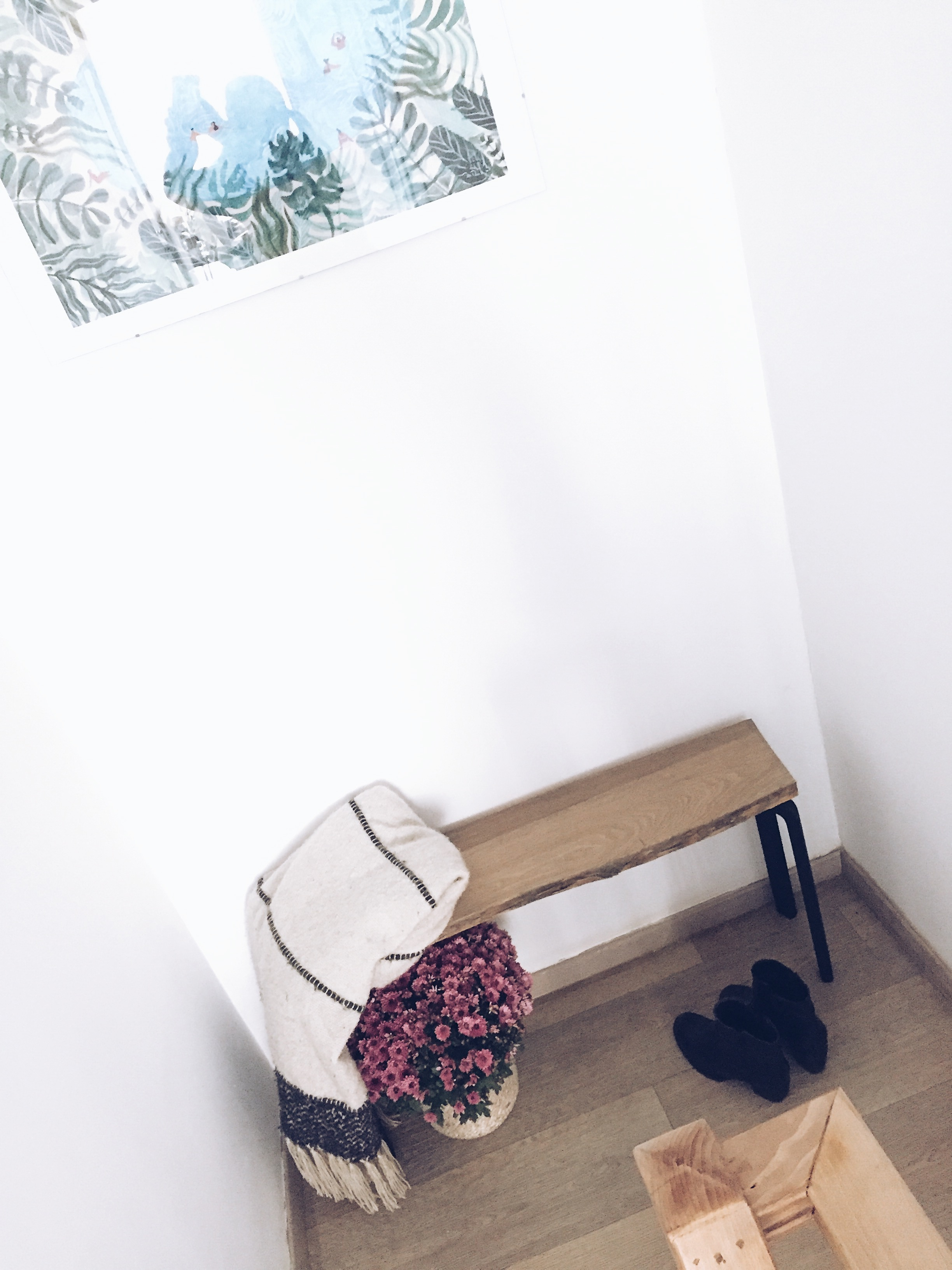DIY black+decker hall bench