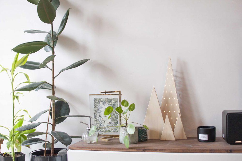 DIY modern wood christmas tree decoration lights black+decker